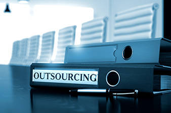 OUTSOURCING & INTERIM MANAGEMENT